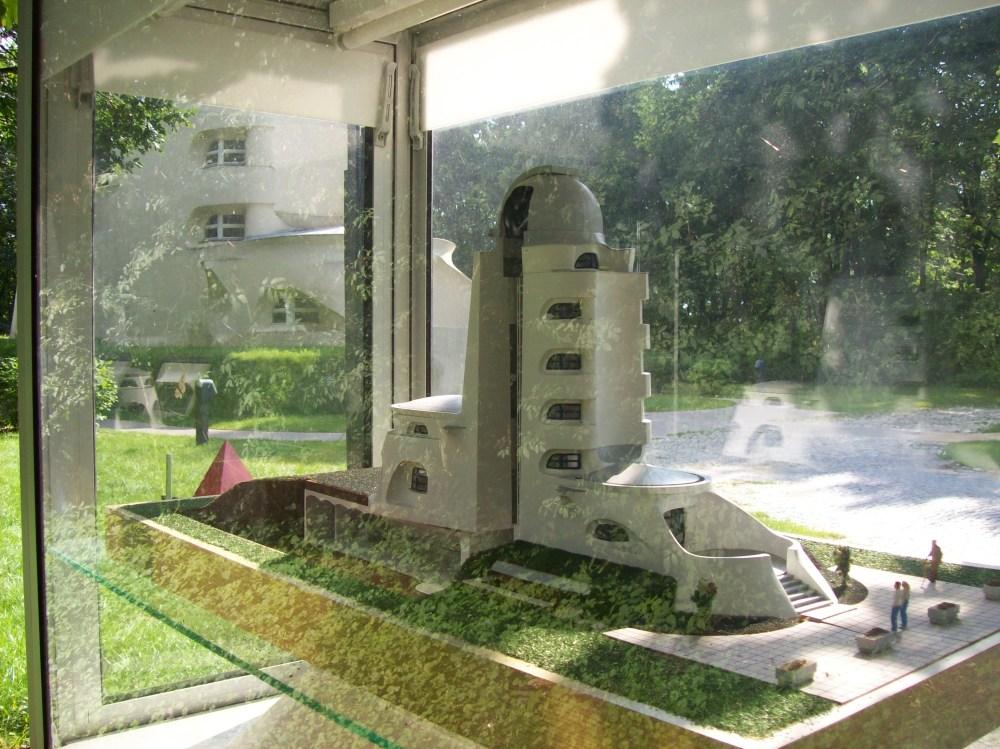 Potsdam-EinsteinTurm-Modell-2007